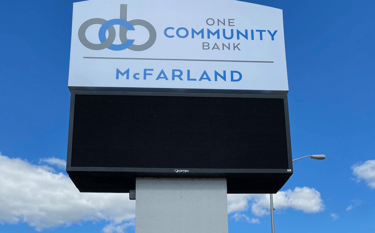 New One Community Bank Sign goes up in McFarland